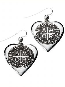 dangle heart earrings