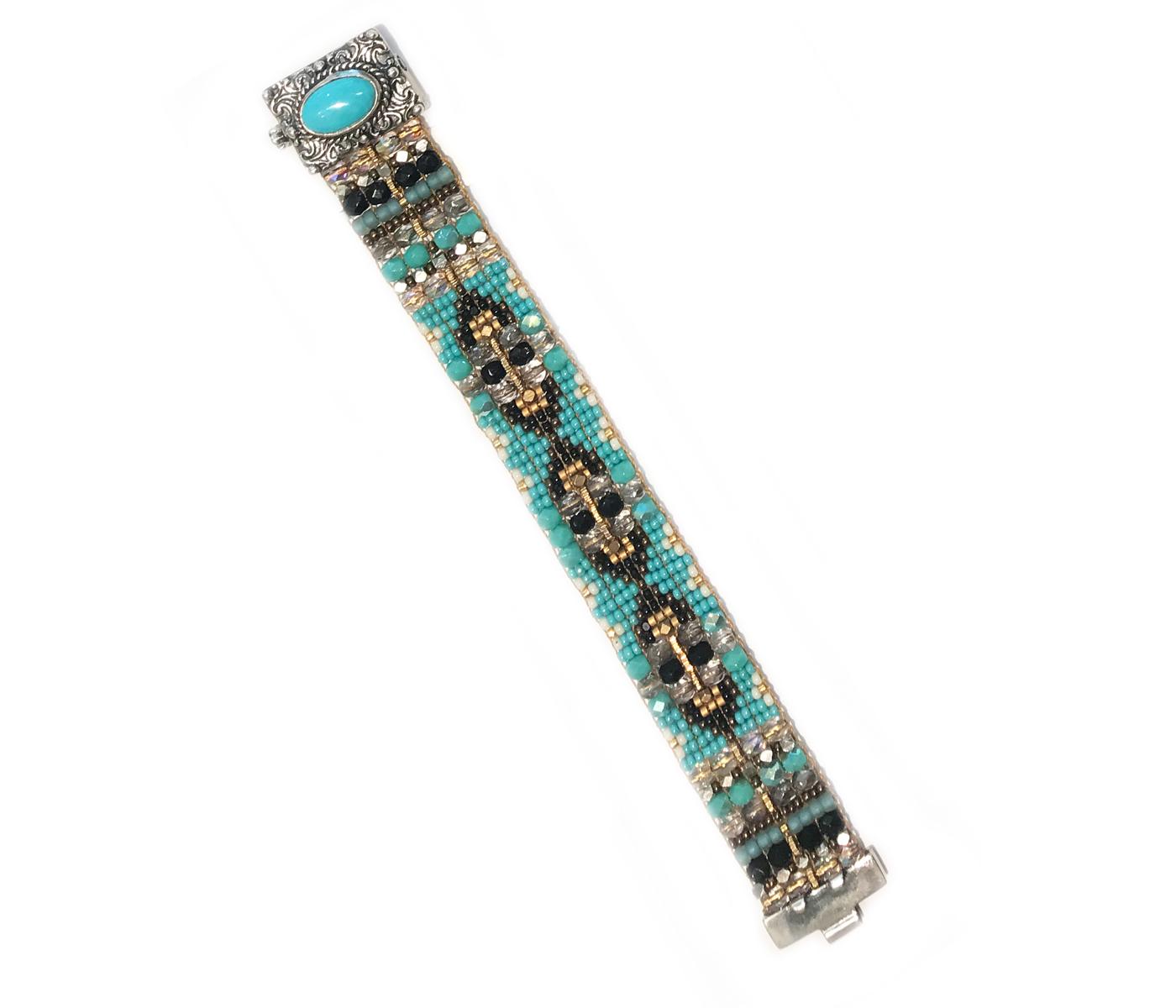 Oval Turquoise Beaded Bracelet