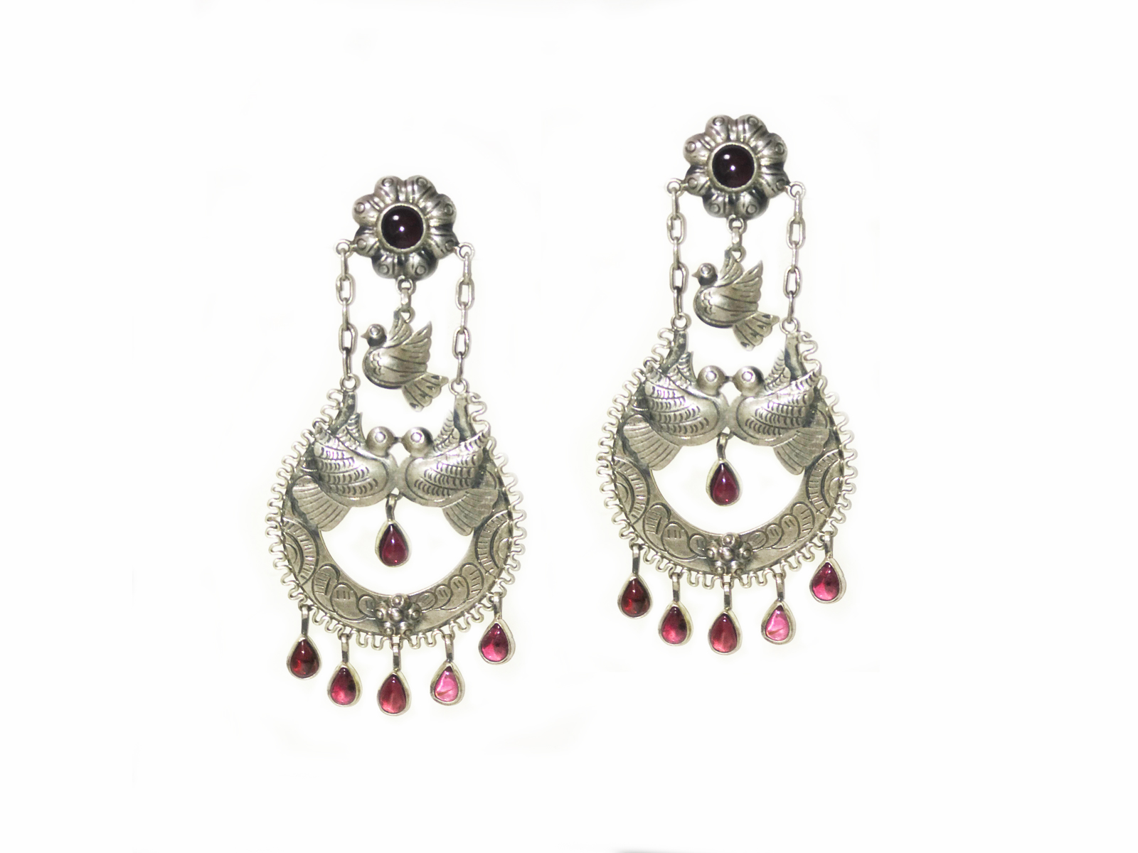 1731b36e7 Silver Filigree Garnet Earrings made by the amazing Federico.