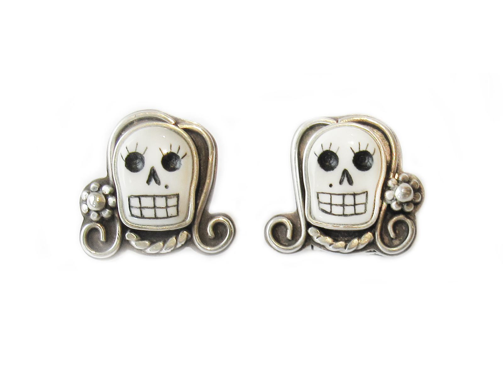 Lady Skull Earrings