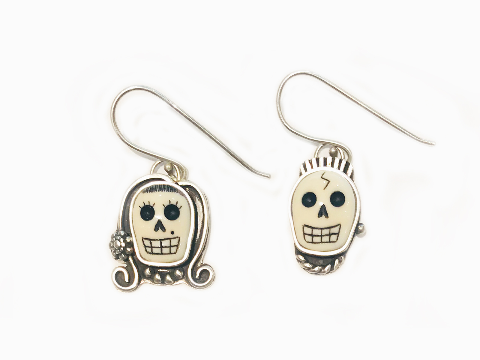 Skull Couple Earrings
