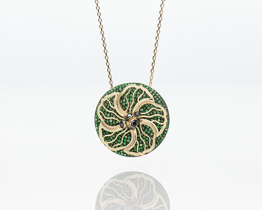 Spinning Hibiscus Necklace