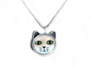 Small Green Eyed Cat Pendant